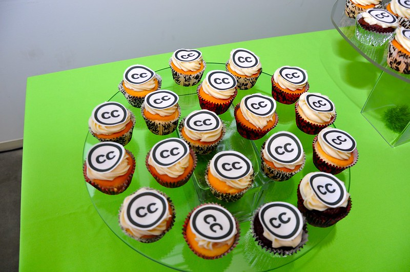 Cupcakes decorated with CC logo